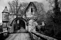Milton of Lockhart Bridge and Gatehouse